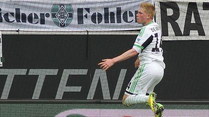 Scorende De Bruyne wint met Wolfsburg, maar grijpt naast laatste CL-ticket