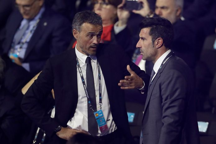 Luis Enrique et Luis Figo.