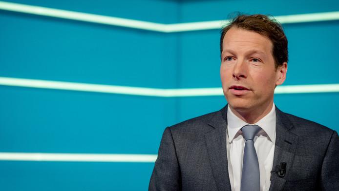 Nieuwslezer Herman van der Zandt.