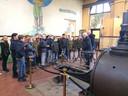 Vrijwilligers van de Stoommachine Oisterwijk ontvangen regelmatig belangstellenden, zoals januari 2017 een klas van openbare basisschool de Kikkenduut.