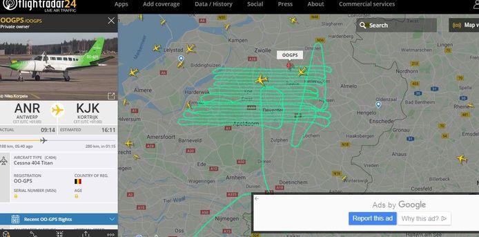 Een Cessna vliegt vanuit Antwerpen naar Kortrijk, maar wel via de Veluwe.