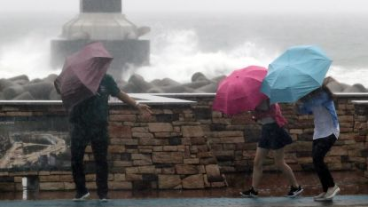 Tyfoon Prapiroon eist eerste dode in Japan