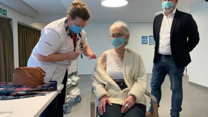 Vaccinatie is een feest in Brugse woonzorgcentra