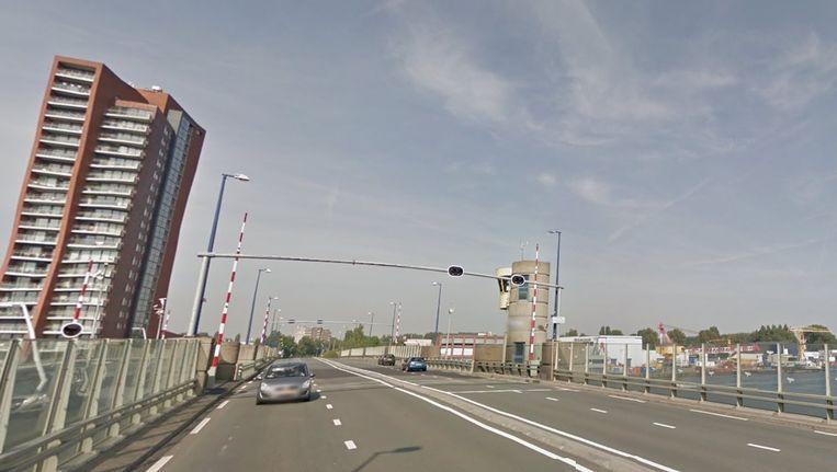 De Den Uylbrug in Zaandam Beeld Google Street View