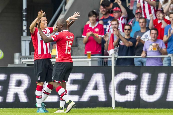 PSV-speler Hector Moreno heeft de 1-0 gescoord