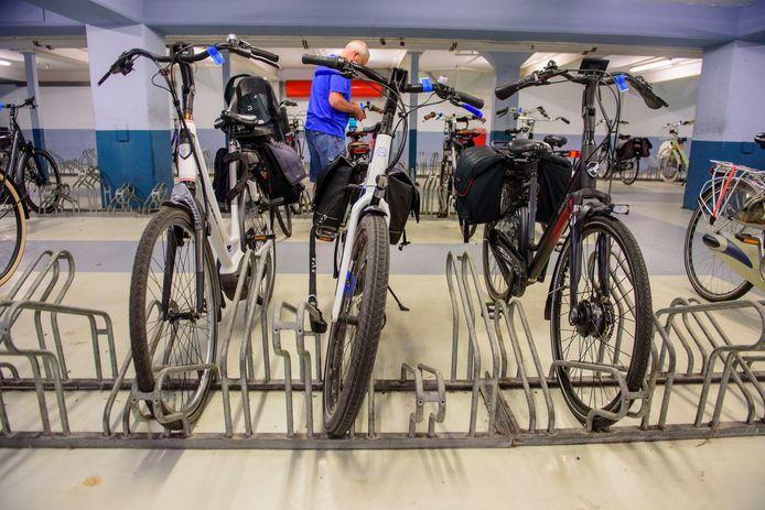 De Dordtse fietsenstallingen zijn weer open als vanouds.