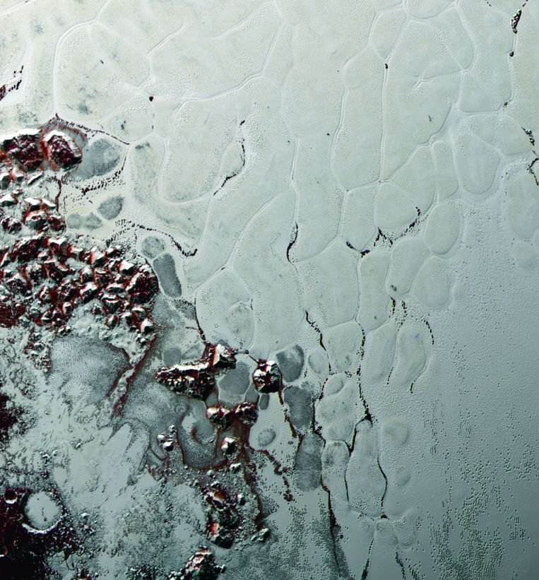 Sputnik Planum, een grote ijsvlakte op dwergplaneet Pluto. Beeld NASA/Johns Hopkins University Applied Physics Laboratory/Southwest Research Institute