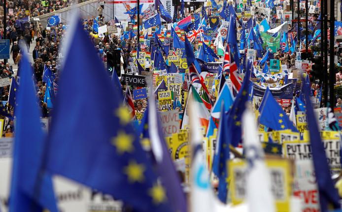 Veel Europees vlagvertoon in de straten van de Britse hoofdstad Londen.