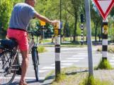Geen 'vieze knoppen' meer bij verkeerslichten, in Zoetermeer druk je binnenkort met je elleboog