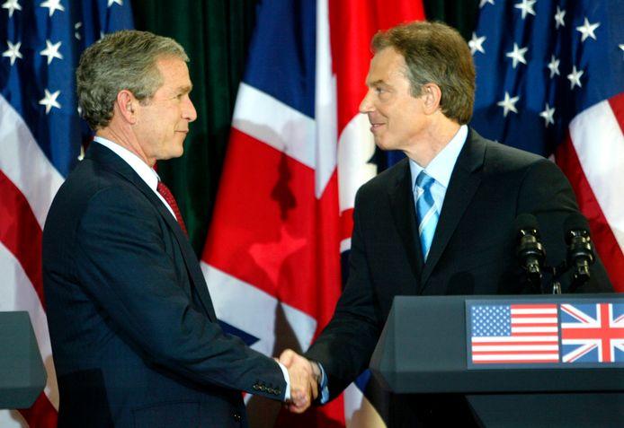 Le président américain George W. Bush et le Premier ministre britannique Tony Blair (8 avril 2003)