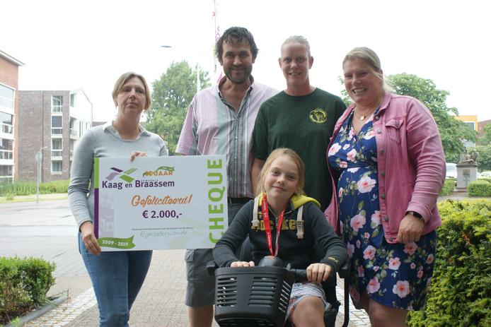 Winnaars Liesbet Bouterse (l), Johan van Velzen, Nienke Cattin, Jacqueline Grauwen en Babette Grauwen.