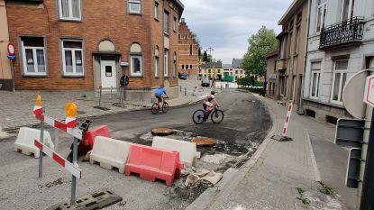 Eerst het coronavirus, nu probleem met asfaltwapening: werf in S-bocht ligt opnieuw stil