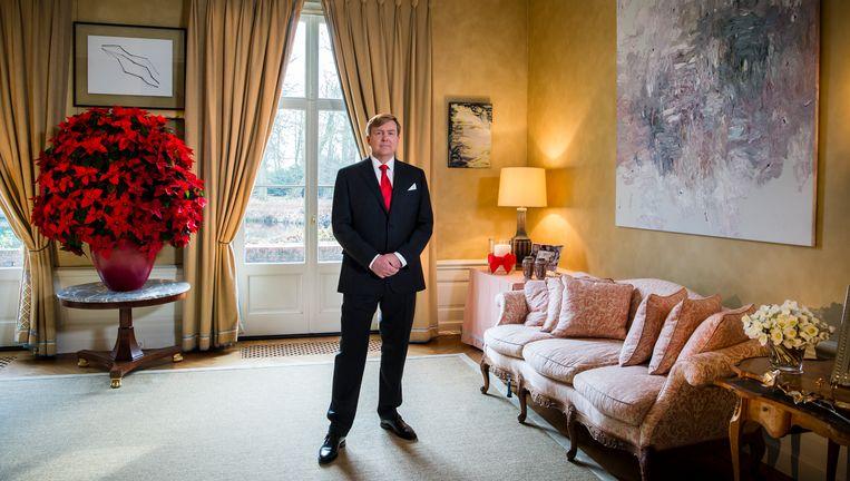 Koning Willem-Alexander voorafgaand zijn jaarlijkse kersttoespraak. Beeld ANP Handouts