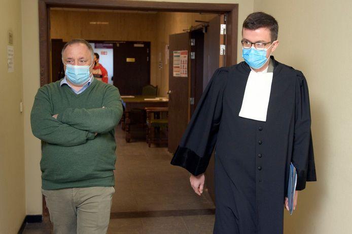 Marc Van Ranst et son avocat Anthony Godfroid, le 3 novembre dernier au tribunal malinois