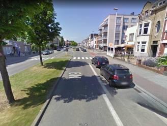 Bestuurster riskeert fikse boete nadat ze wegrijdt van ongeval terwijl ze niet mocht rijden: advocaat betwist aanrijding