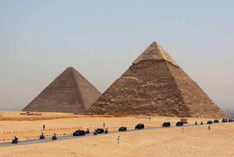 De wereldberoemde piramides van Giza. Beeld Reuters