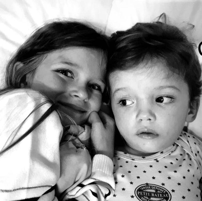 Jules et sa grande soeur Sofia.