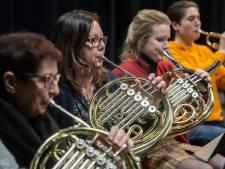 Harmonie Constantia telt de nachtjes slapen tot de première van het Kerstcircus