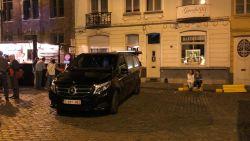 Buurman overlijdt thuis: Gentse Feesters blijven stil terwijl begrafenisondernemer zijn werk doet