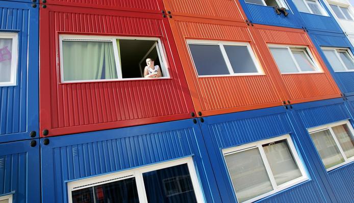 In Amsterdam is deze 'containerflat' neergezet voor studenten. Maar of voor Ermelo nou een geschikte oplossing is...
