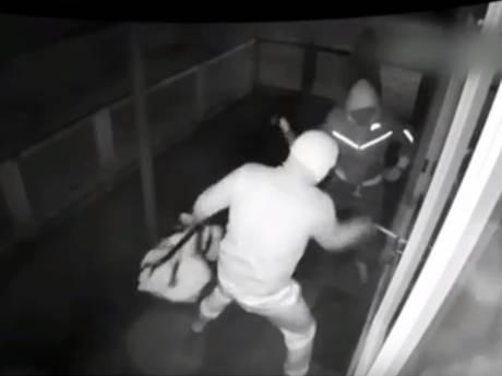 Medewerker politie lekte informatie aan verdachte van overvallen oudijzerhandelaren