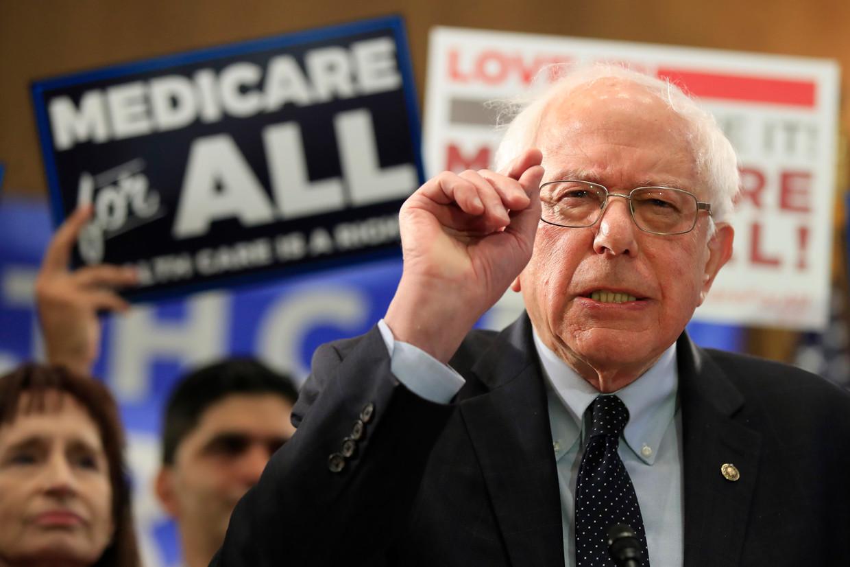 Bernie Sanders woensdag in Washington, waar hij een wetsvoorstel presenteerde voor een algemene ziektekostenverzekering.