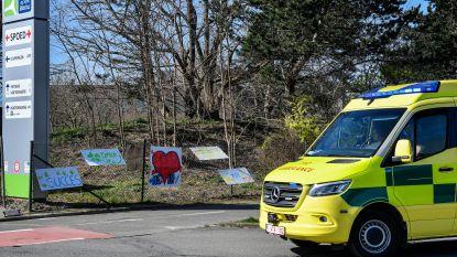 Drie overlijdens in AZ Sint-Blasius bij coronapatiënten, twee patiënten mogen naar huis