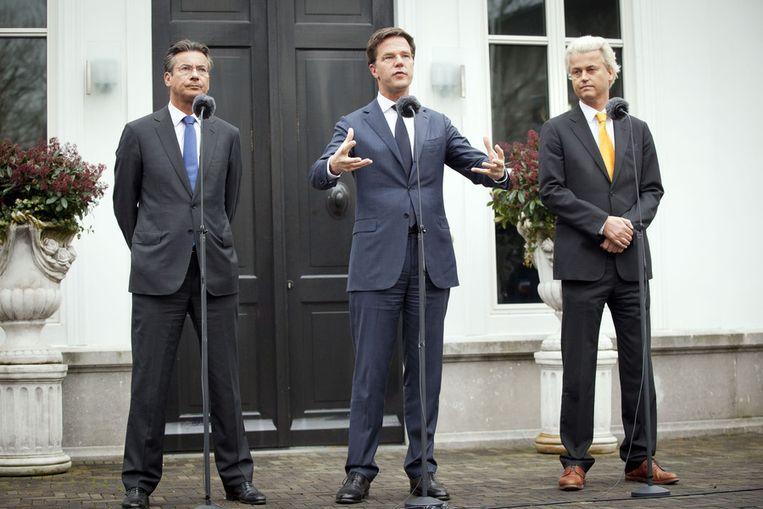 Maxime Verhagen, Mark Rutte en Geert Wilders in maart 2012, voordat de drie in het Catshuis de gesprekken zouden beginnen die zouden leiden tot de val van het eerste kabinet-Rutte. Beeld anp