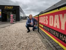 Wasstraat geeft vrouwen nog meer korting na kritiek op 'ladies day'