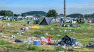 """Festival Dranouter, na het feest de opkuis: """"Kampeerders ruimen goed op, al blijft hier en daar wel wat afval achter"""""""