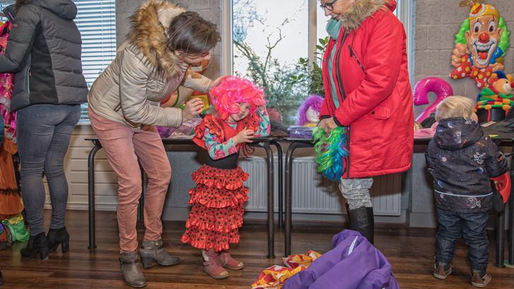 Carnavalsbeurs in 's-Heerenhoek