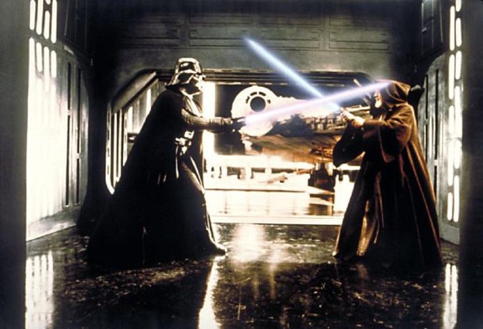 De handschoenen uit het legendarische gevecht tussen Darth Vaden en Obi Wan Kenobi gaan nu ook in de verkoop.