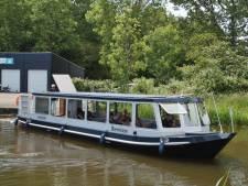 Eerste vaartocht van fluisterboot valt in het water