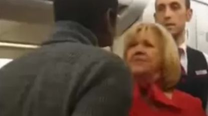 """Zwart koppel wil klacht indienen na stevige discussie op Brussels Airlines-vlucht: """"Stewardess deelde als eerste een klap uit"""""""