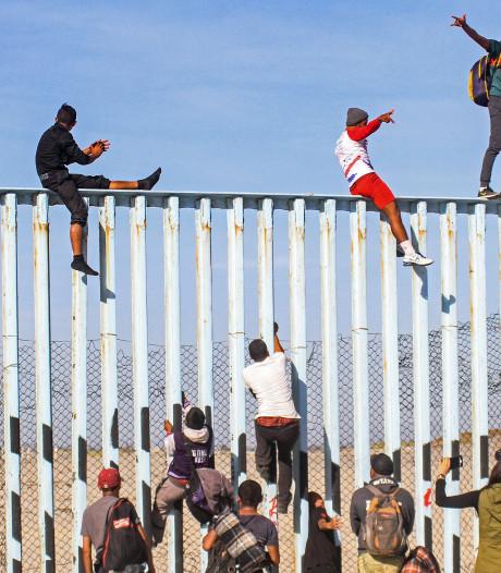 Eerste migranten Midden-Amerika bij grens VS