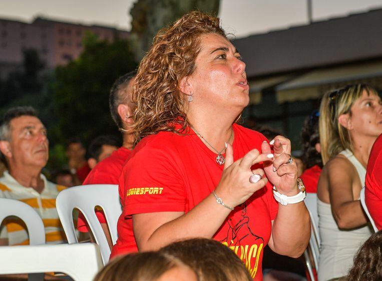 Antonieta, zus van Roberto Martinez