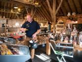 IJsboerderij wordt streekwinkel, want: 'Ik wil mijn personeel behouden'