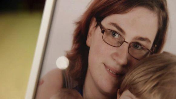 Het lichaam van de vermoorde Sara Laeremans (21) werd in oktober vorig jaar aangetroffen in haar appartement in Geel.