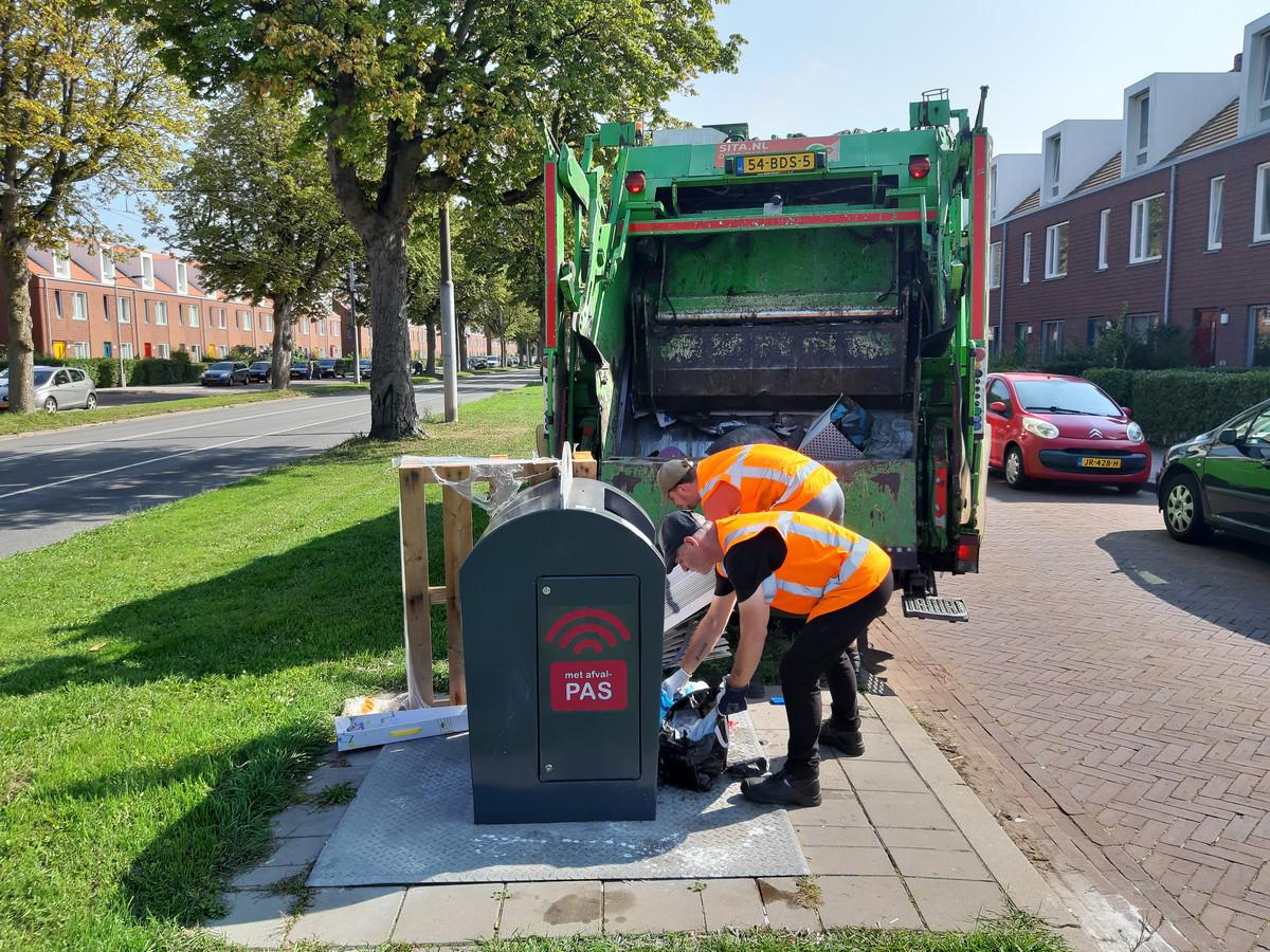 In de Arnhemse gemeenteraad wordt gepleit voor de terugkeer van de vuilniswagen die een aantal keren per jaar grofvuil ophaalt in de wijken.