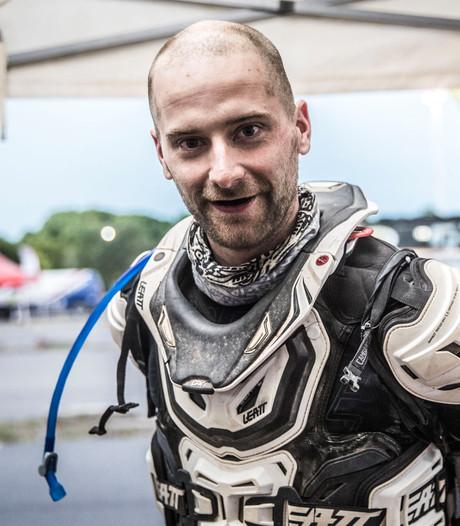 Maikel Smits danst door dertiende etappe