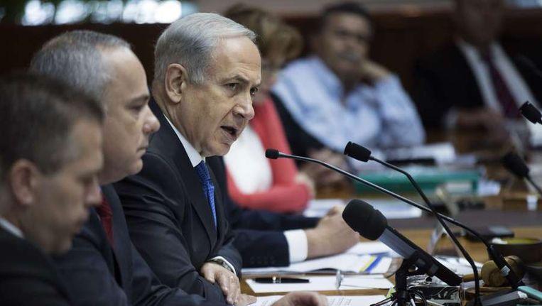 De Israëlische premier Netanjahoe na regeringsoverleg. Beeld afp