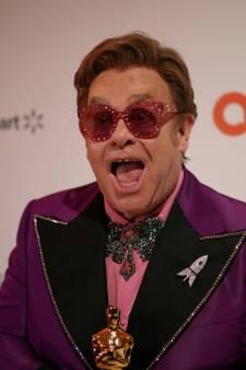 Elton John doneert 1 miljoen dollar opdat we aids 'niet vergeten'