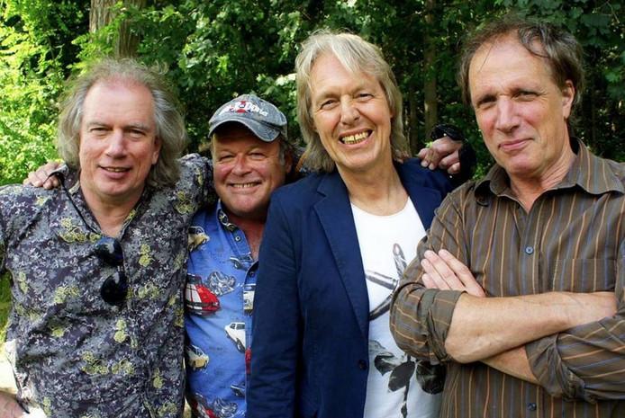 Threshold, gefotografeerd voor een eerder reünie-optreden in 2013. Met v.l.n.r. Dick Kemper, Jan Mourik, Bert Heerink en Paul Kemper.