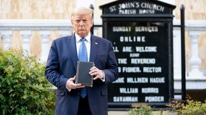 """Trump: """"Ik liet betogers niet wegsturen bij kerk"""""""