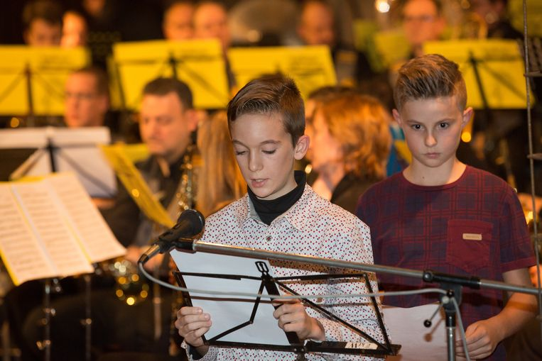 Kinderen geven in korte teksten een relaas van de betekenis van de mergel en de van de ramp van Roosburg.