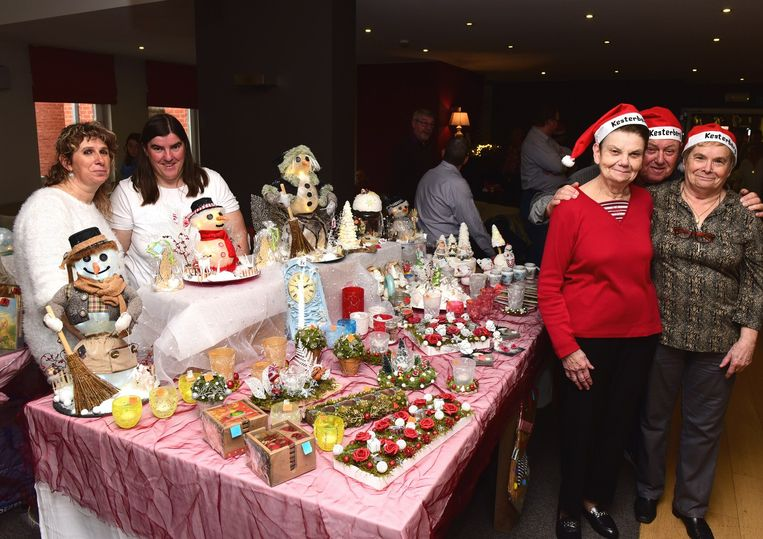 Het was er zeer gezellig tijdens de eerste  kerstmarkt in Kesterberg