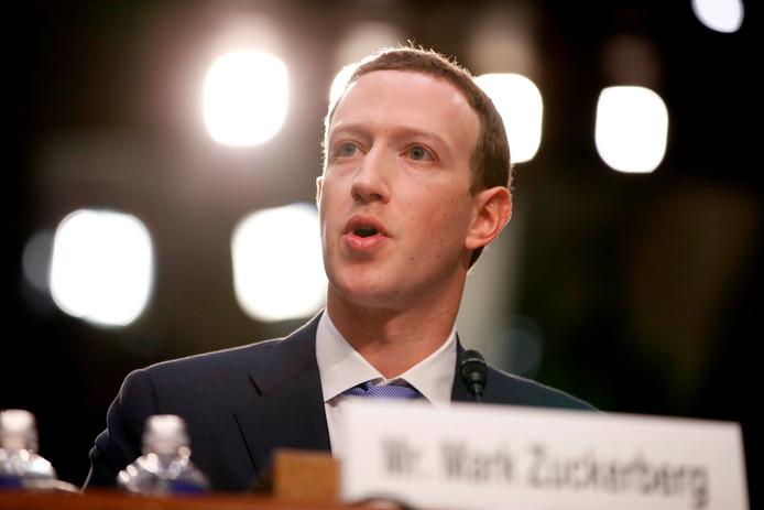 Diverse fracties accepteren niet dat Zuckerberg wegkomt met een zitting achter gesloten deuren.