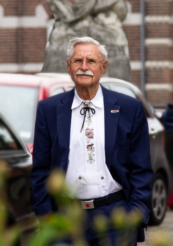 Wim van de Burgt (1934-2020).