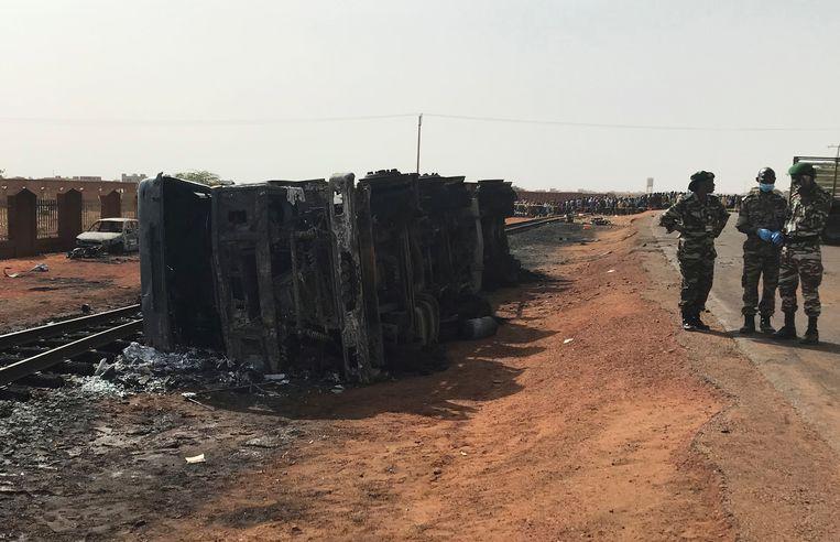 De ontplofte tankwagen in Niger.