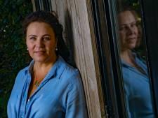Judith Fanto uit Apeldoorn wint debuutprijs voor roman over familie: 'Om te kunnen bepalen wie je bent, moet je weten waar je vandaan komt'